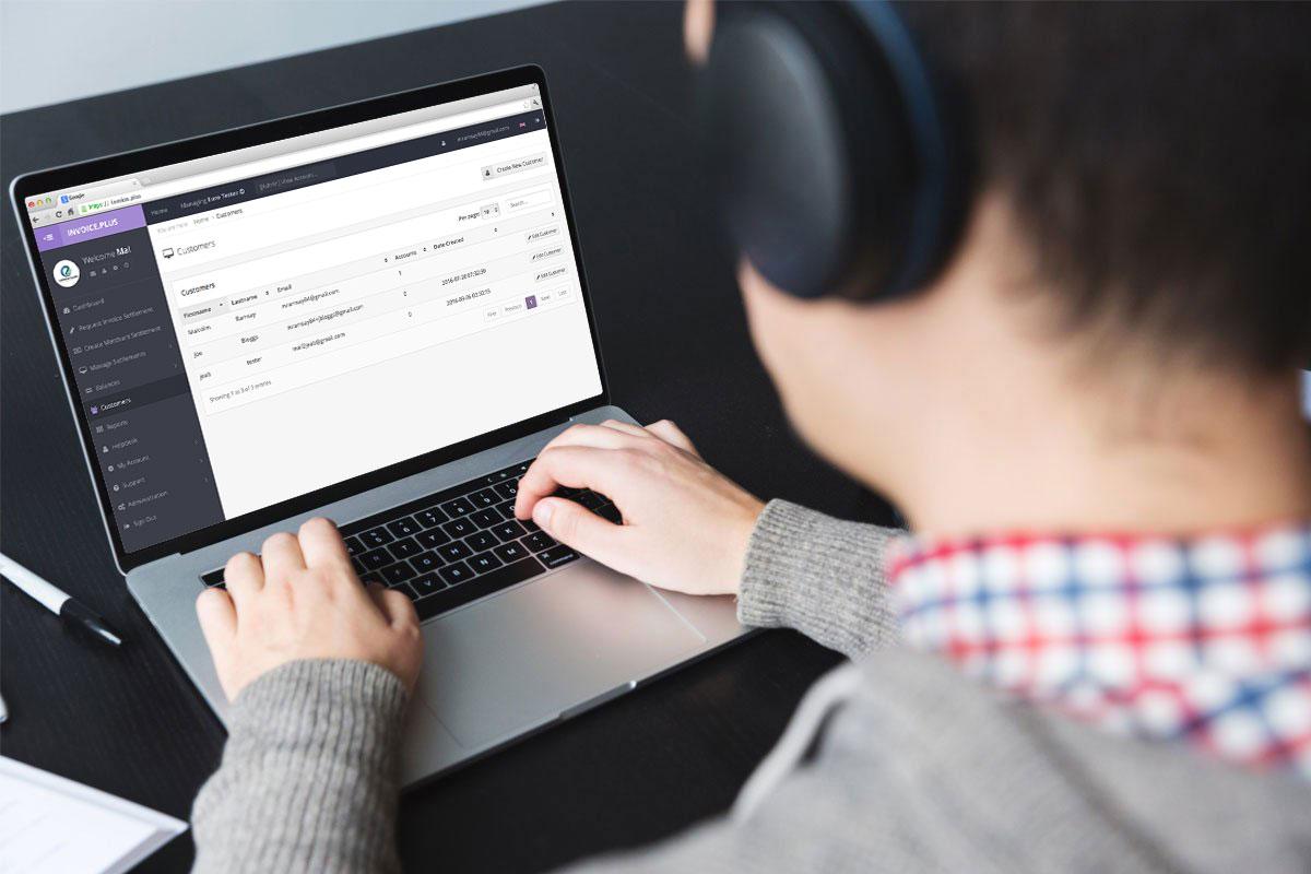 , Multicurrency Invoicing Platform